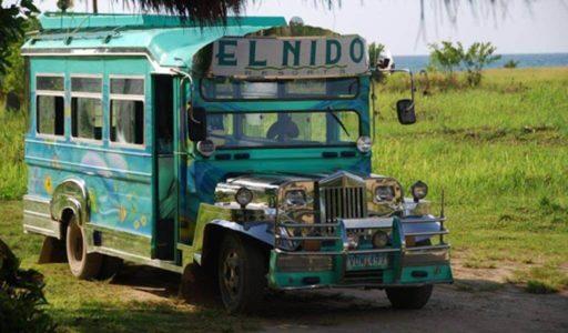Desplazamiento en jeepney. Filipinas